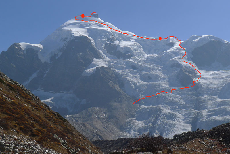 Line shows the route of descent from Sersank with blobs being bivouacs