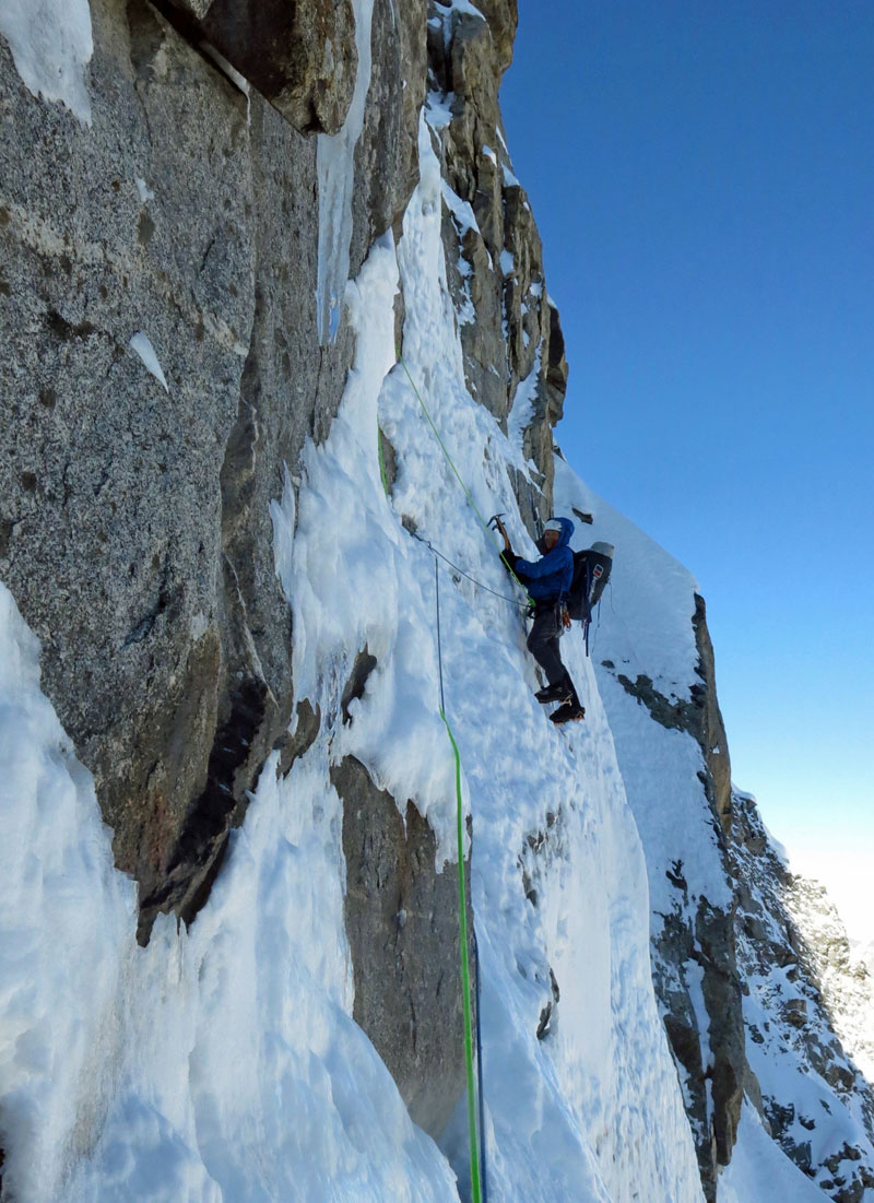 Mick Fowler leading a pitch on day four on the face of Sersank
