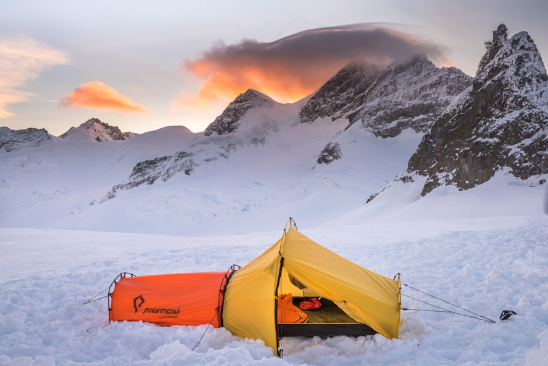 Polarmond All In One Tent photo by Tobias Ryser 1