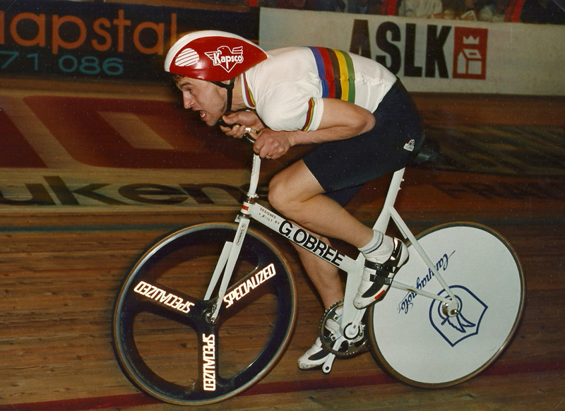 Graeme Obree in action 002