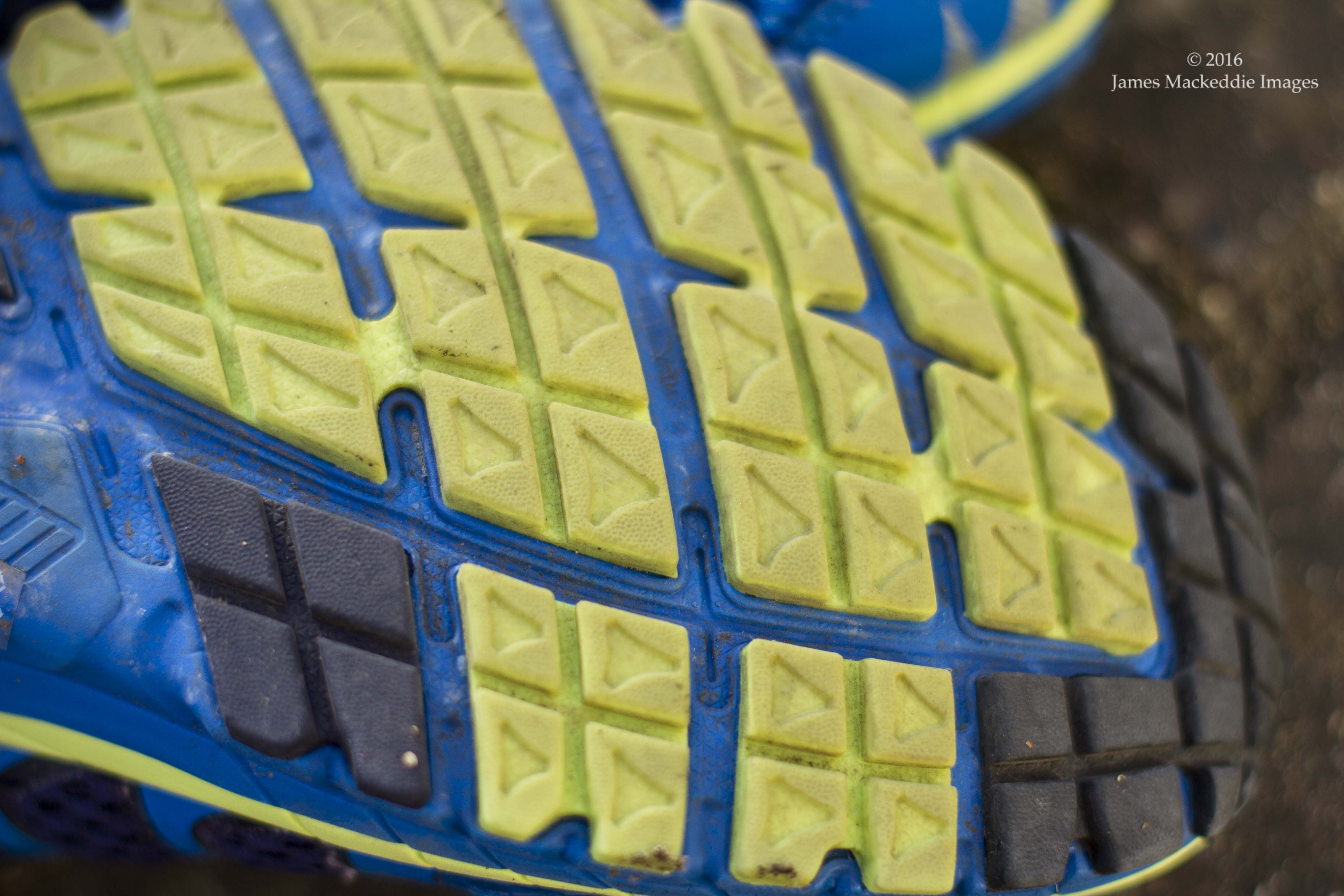 inov8 roadclaw 275 tread