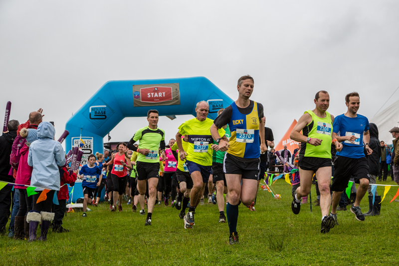 Trail runners get underway in the 2017 Festival Village 002