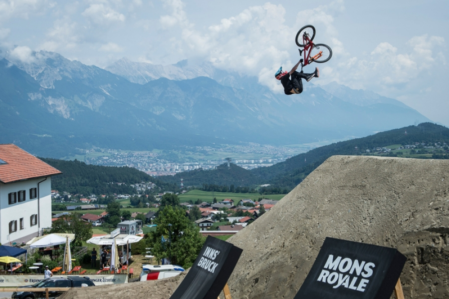 Cycle in the path of Innsbruck's UCI World Champions