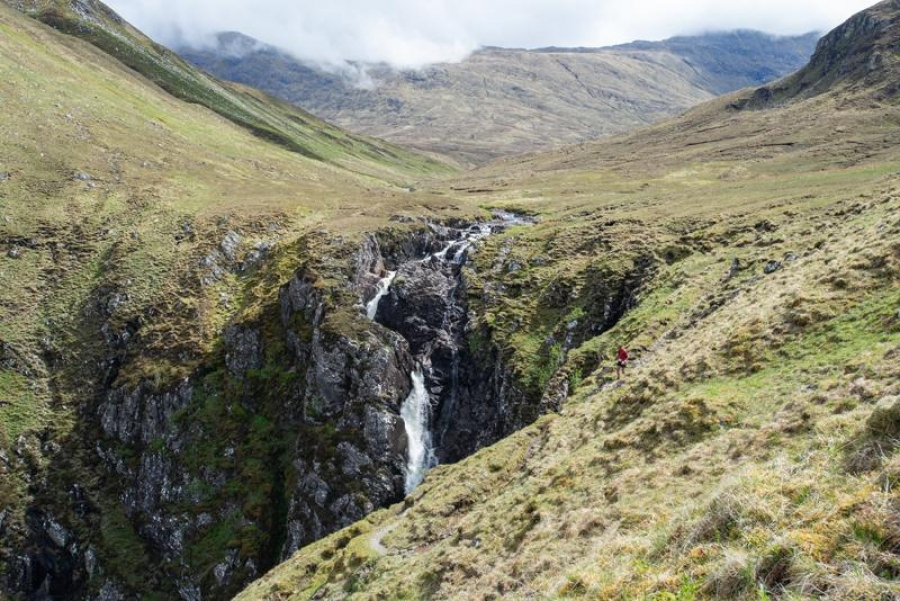 Robert Barnes and Carol Morgan win Cape Wrath Ultra 2018
