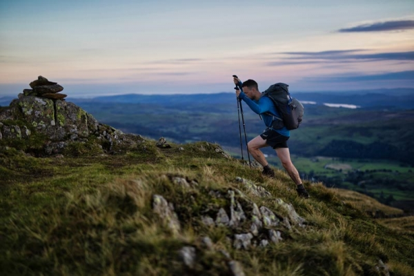 "James Forrest sets ""self-supported"" hiking record for Wainwright's round"